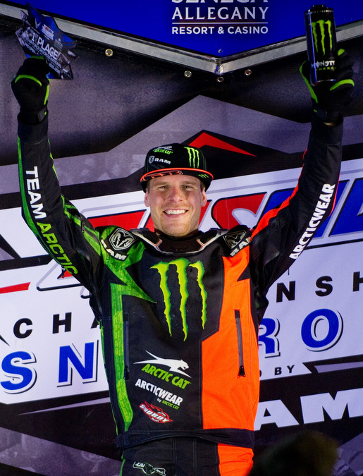 Hibbert continues win streak at Eastern Snocross National